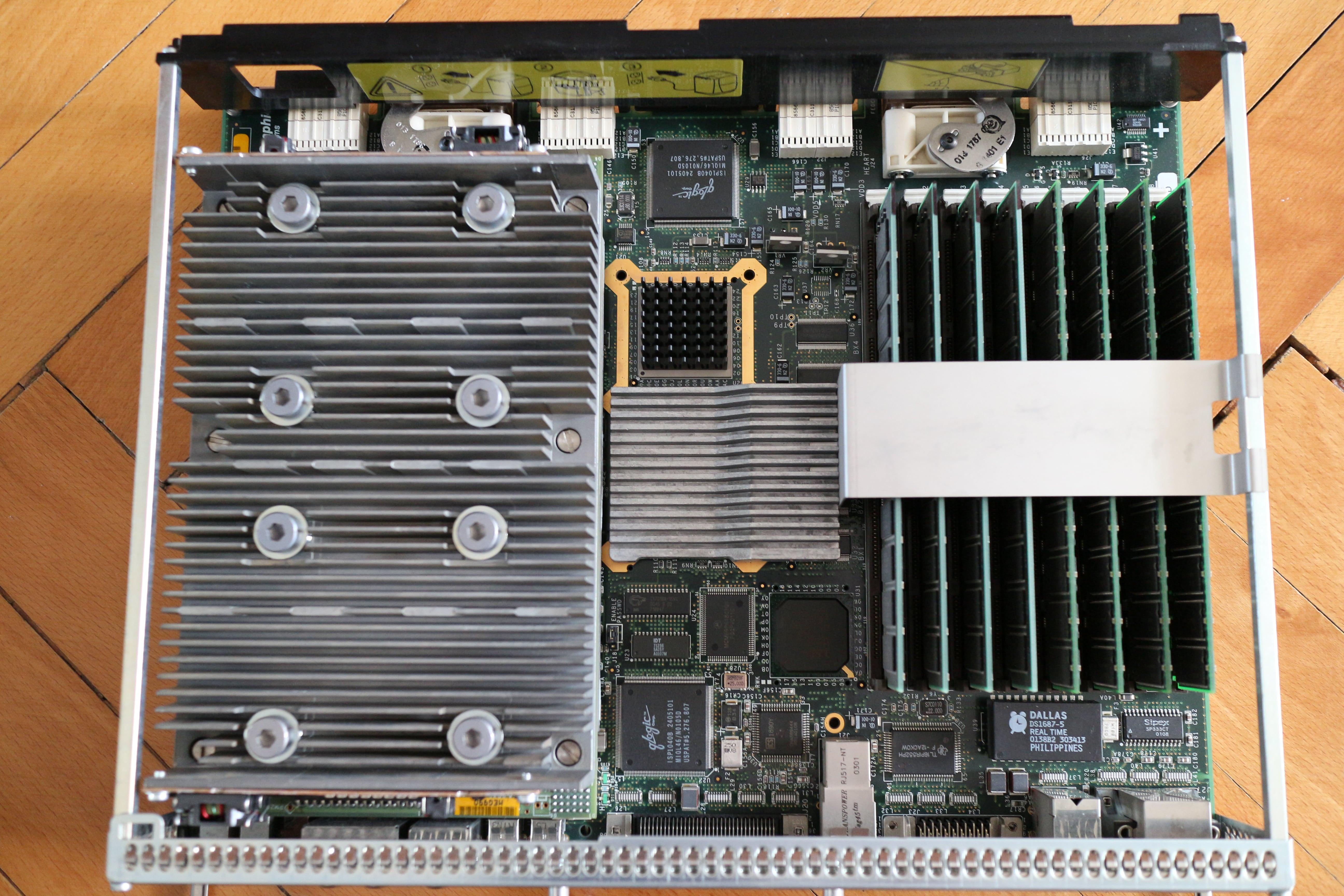 [Image: octane_motherboard_front.jpg]